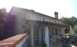 (Hrvatski) Romantična, kamena kuća na selu u okolici Labina