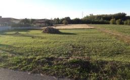 Građevinsko zemljište 927 m2 sa građevinskom dozvolom